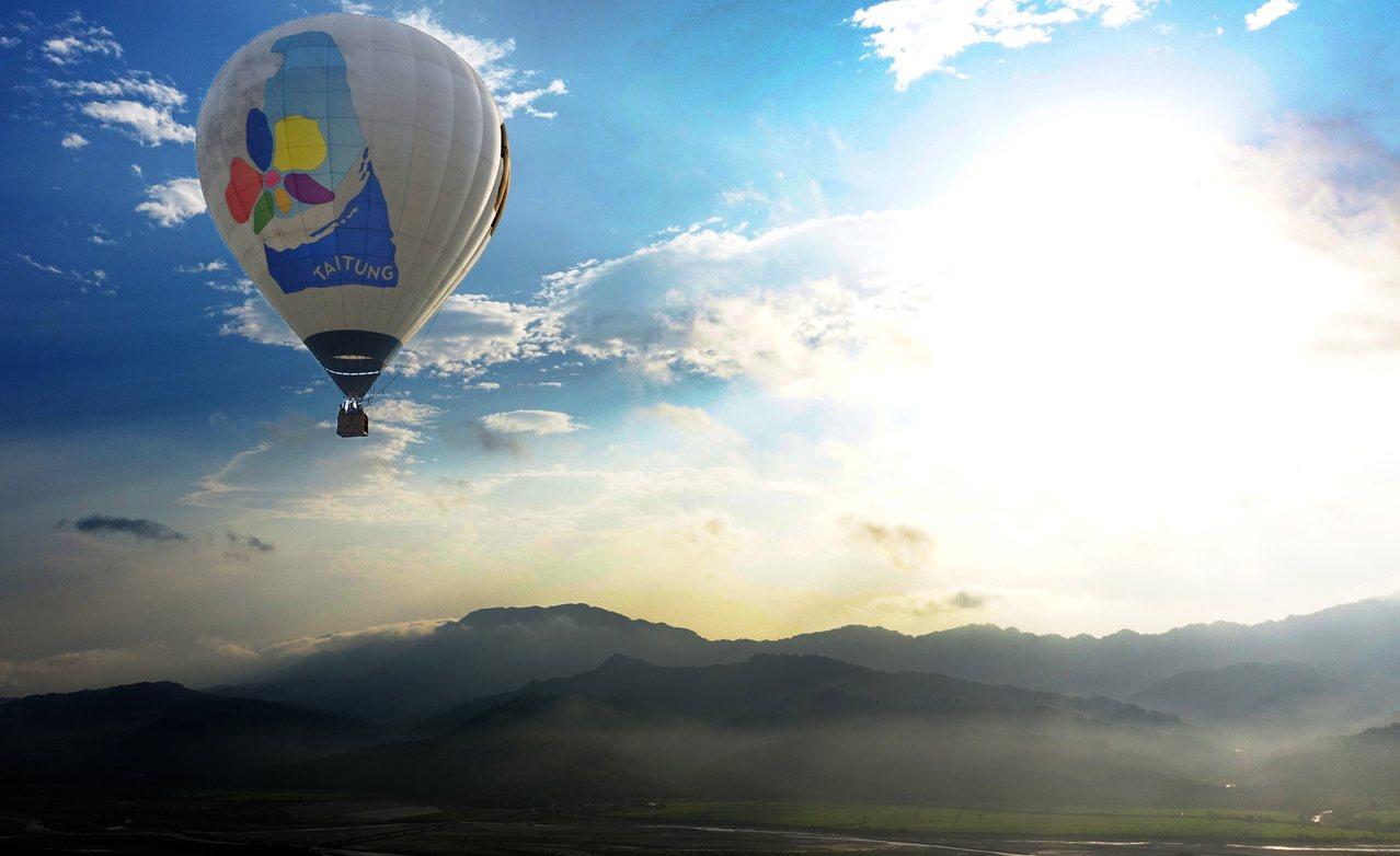 圖為台東鹿野熱氣球。本報資料照/記者陳正興攝影