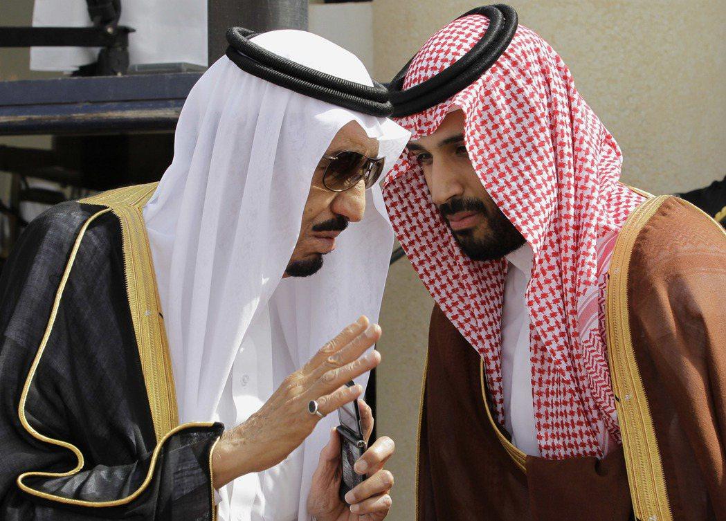 在薩爾曼國王的刻意安排下,薩爾曼王子也接過了父親的老職位——國防部長,並接連獲得...