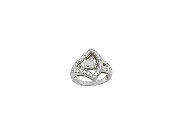 BVLGARI Divas Dream頂級珠寶系列鉑金鑽石戒指。圖/BVLGAR...
