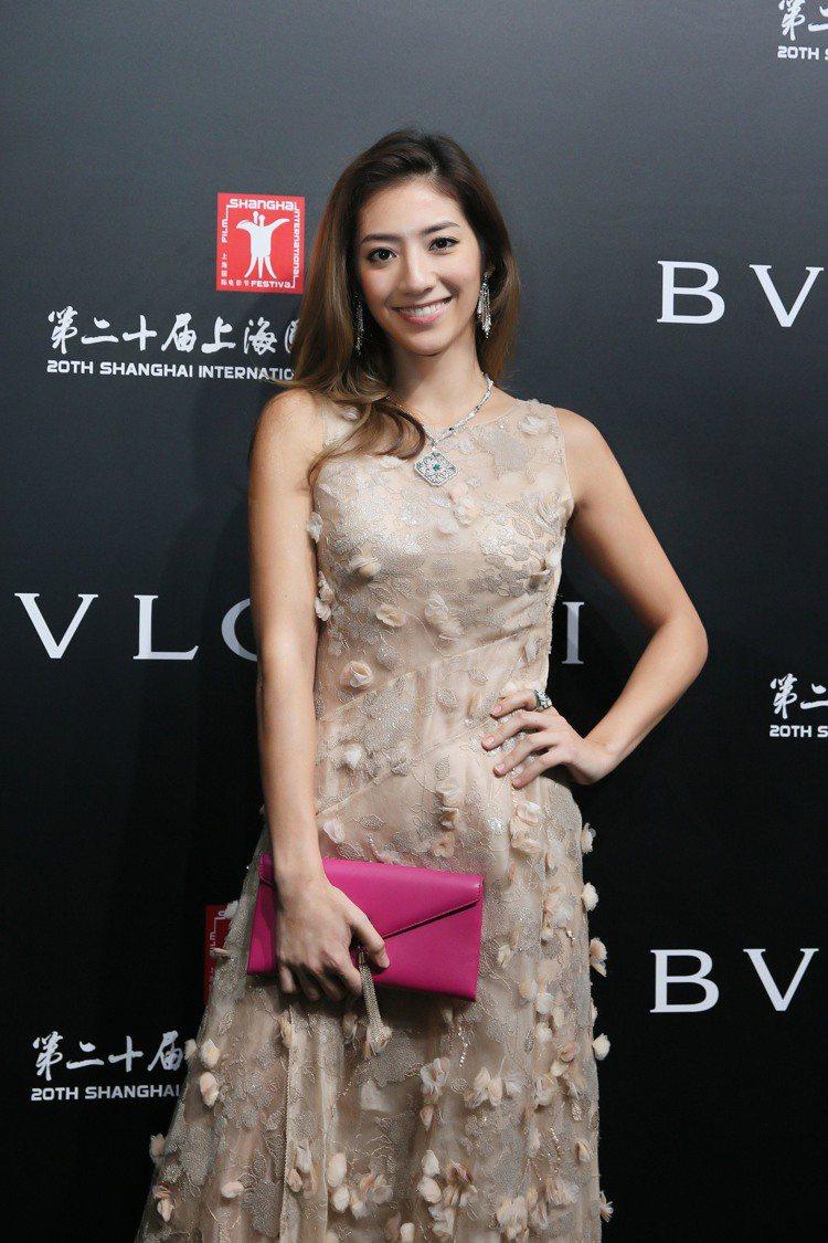 瑞瑪席丹配戴BVLGARI義大利花園頂級珠寶系列出席上海電影節義大利電影周開幕。...