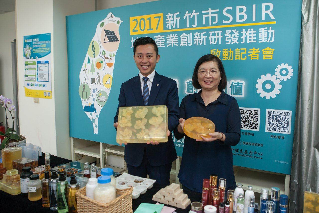 天語生物科技打造「台灣蘭花藝術皂」,受到市場歡迎。記者郭宣彣/攝影