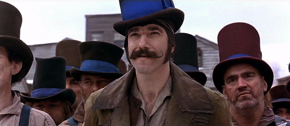 丹尼爾戴路易斯演「紐約黑幫」時,堅持不抽離角色,生重病也不退讓。圖/摘自imdb