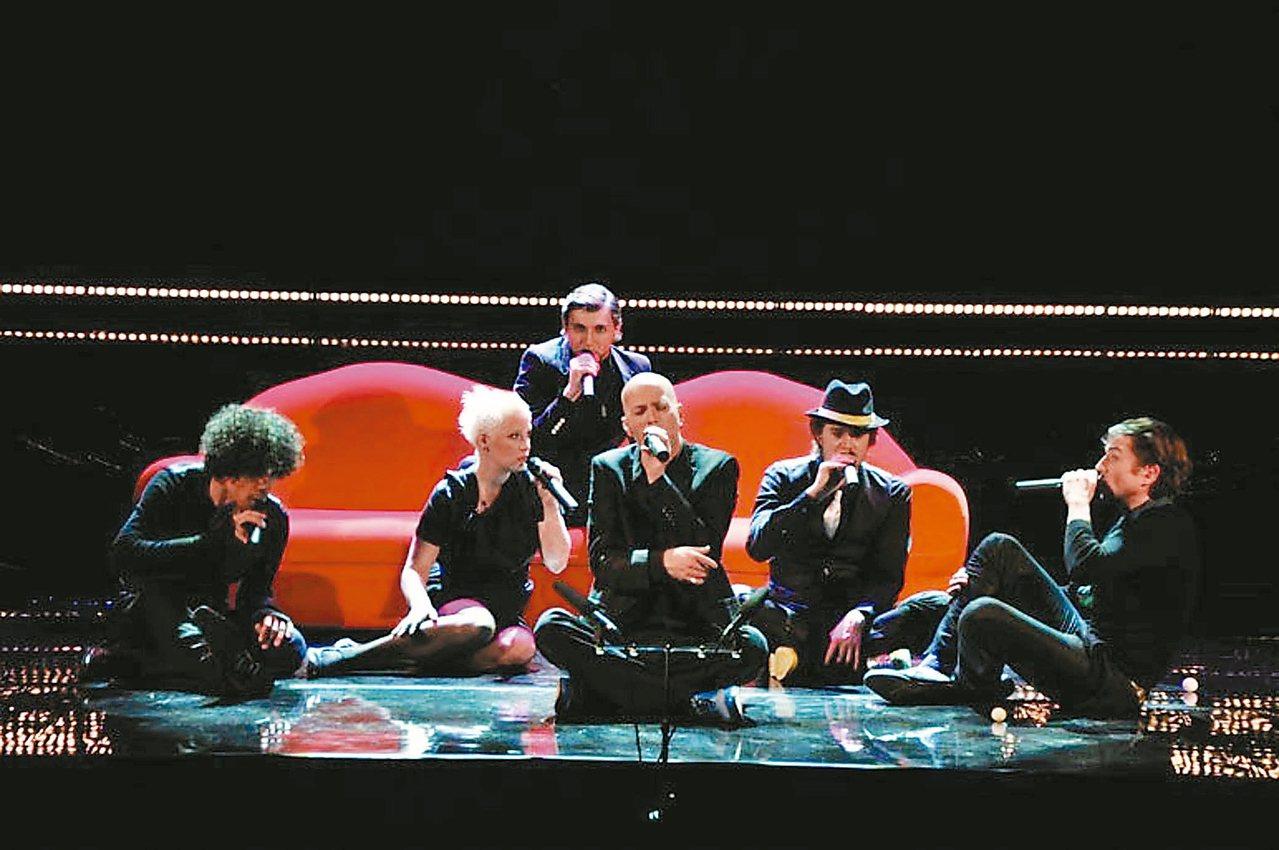 10月的聽覺盛宴 德國阿卡貝拉天團SLIXS由五男一女組成,曲風多元,十月將抵台...