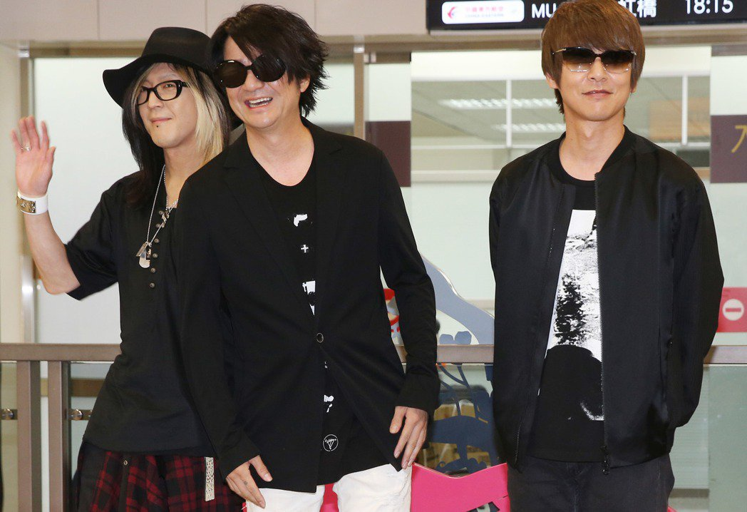 日本著名搖滾天團「Glay」應邀來台在金曲獎頒獎典禮演出,吉他手HISASHI(...