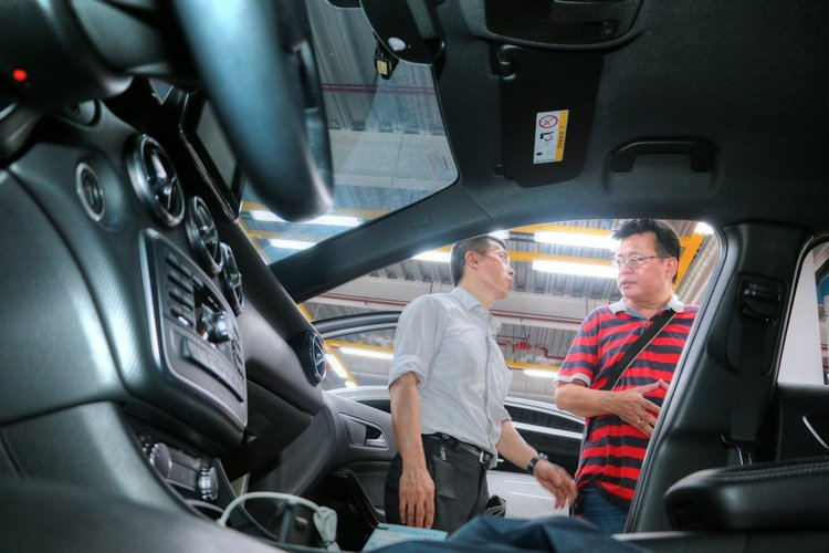 對於有意出售愛車的賓士車主,也有一套完整貼心的估價服務。 Auto-online汽車線上總編輯羅焜平提供