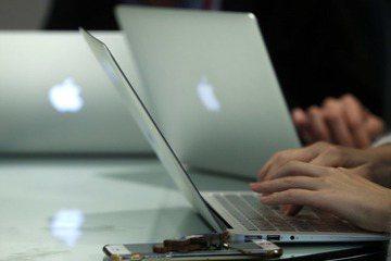 每到報稅季節,便是蘋果電腦使用者抱怨報稅軟體難用的季節,究竟政府發包製作的軟體出了哪些問題? 圖/聯合報系資料照
