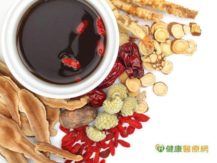 感冒症狀莫輕忽 中藥茶飲防惡化