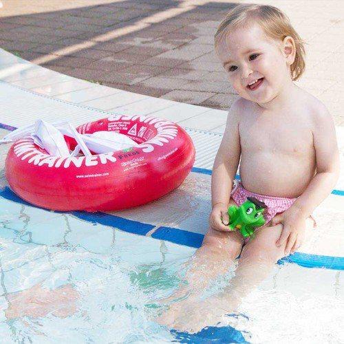 為不同年齡的寶寶提供最適合的學習游泳圈,共有3種顏色。圖由廠商提供。