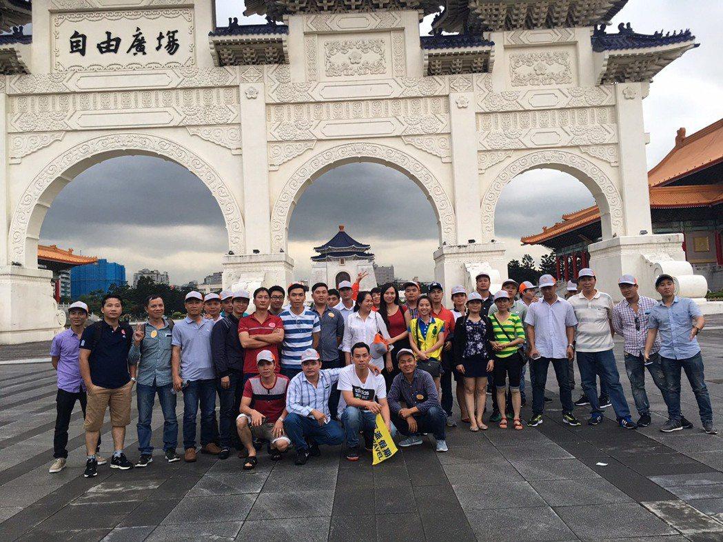 台商投資大廠越南精密集圑勝邦金屬公司斥資4000萬元安排當地員工來台旅遊。圖/巨...