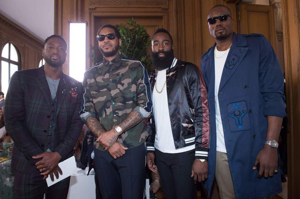 NBA超級球星左起Dwyan Wade、Carmelo Anthony、 Jam...