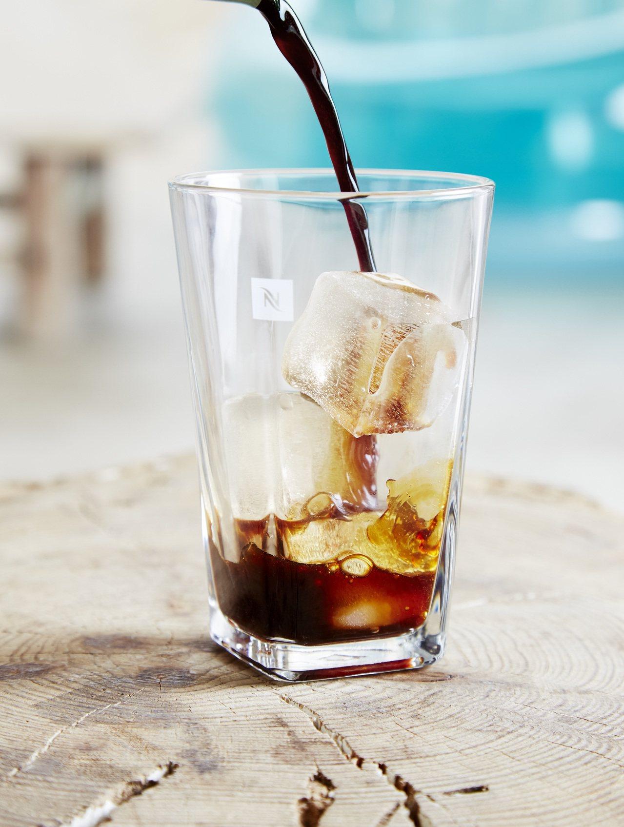 Nespresso推出夏季限量款冰咖啡。圖/Nespresso提供