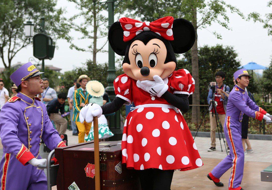 上海迪士尼開園1周年,入園遊客破1100萬人次,成為全球開業首年接待人次最多的主...