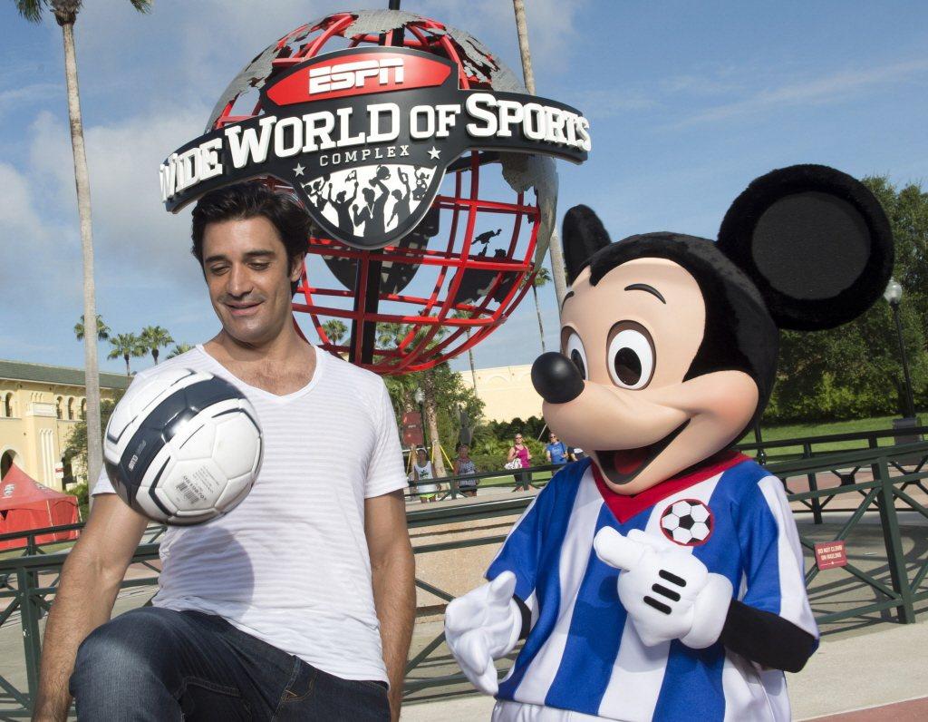 2012年,ESPN還是迪士尼王冠上的耀眼珍珠,然而隨著有線收視戶的「剪線潮」,...