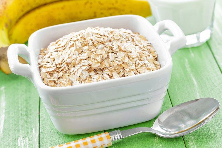 不要忽略燕麥也是主食,增加燕麥同時,也要減少其他主食類攝取。 圖片/ingima...