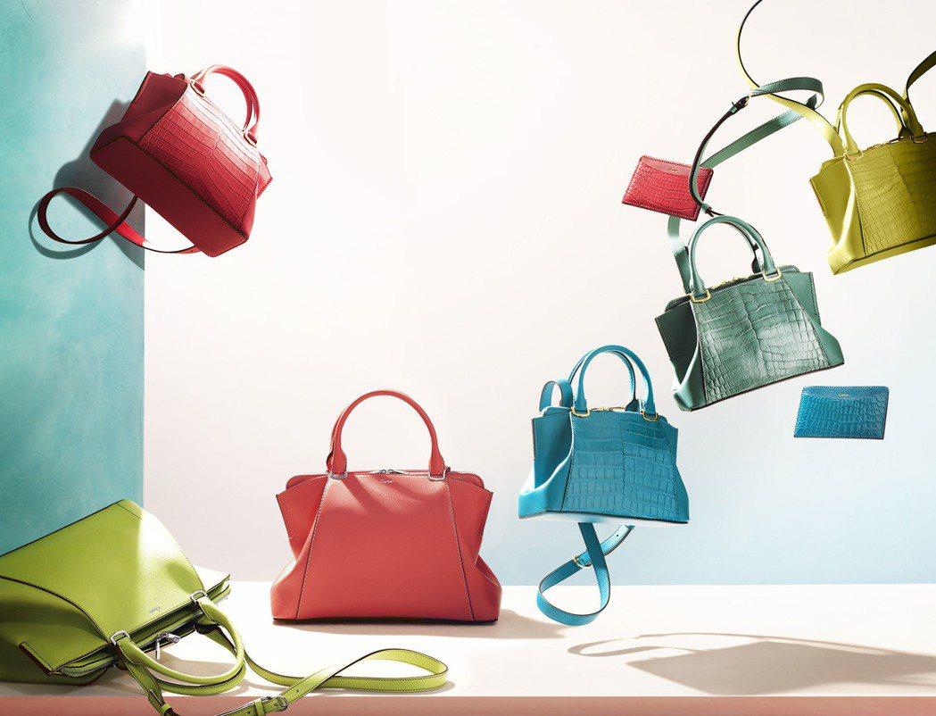 C de Cartier包款系列今夏推出全新的繽紛色彩。圖/卡地亞提供