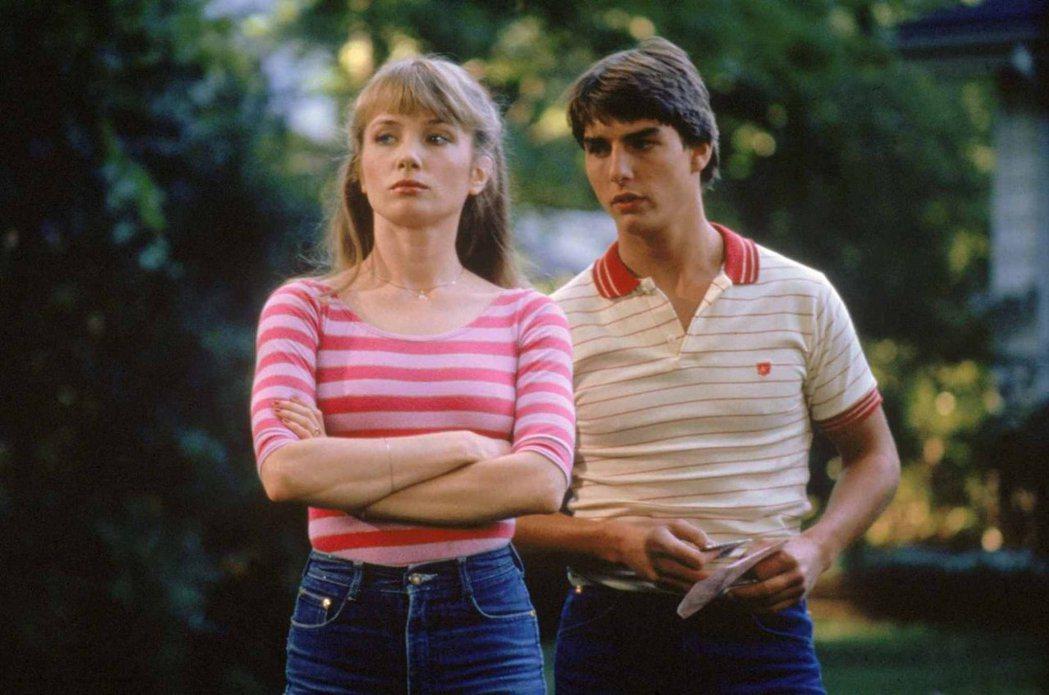 湯姆克魯斯與蕾貝卡狄摩妮拍「保送入學」假戲真作,銀幕下也交往。圖/摘自imdb