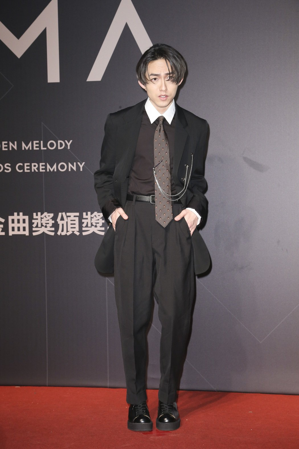 「文青掛」代表有穿山本耀司的林宥嘉。記者陳立凱/攝影