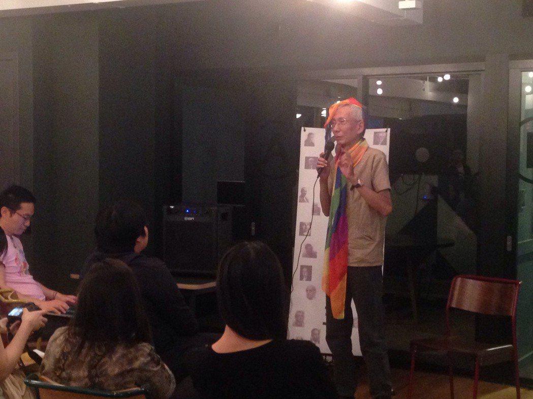 台灣同志抗爭老將祁家威,昨晚在紐約談30年來的努力。(記者林巧璉/攝影)