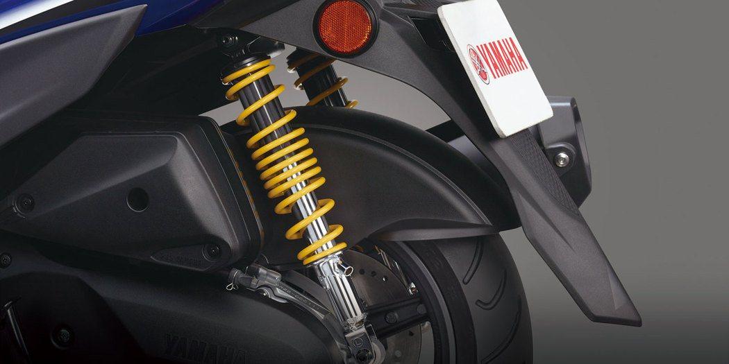 黃色可調式雙後避震器。圖/台灣山葉機車提供