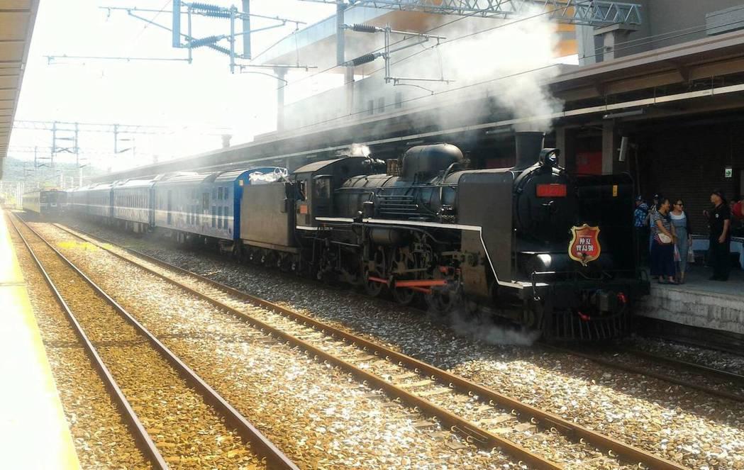 台日交流!台鐵CT273、日C571蒸汽車締結姊妹車
