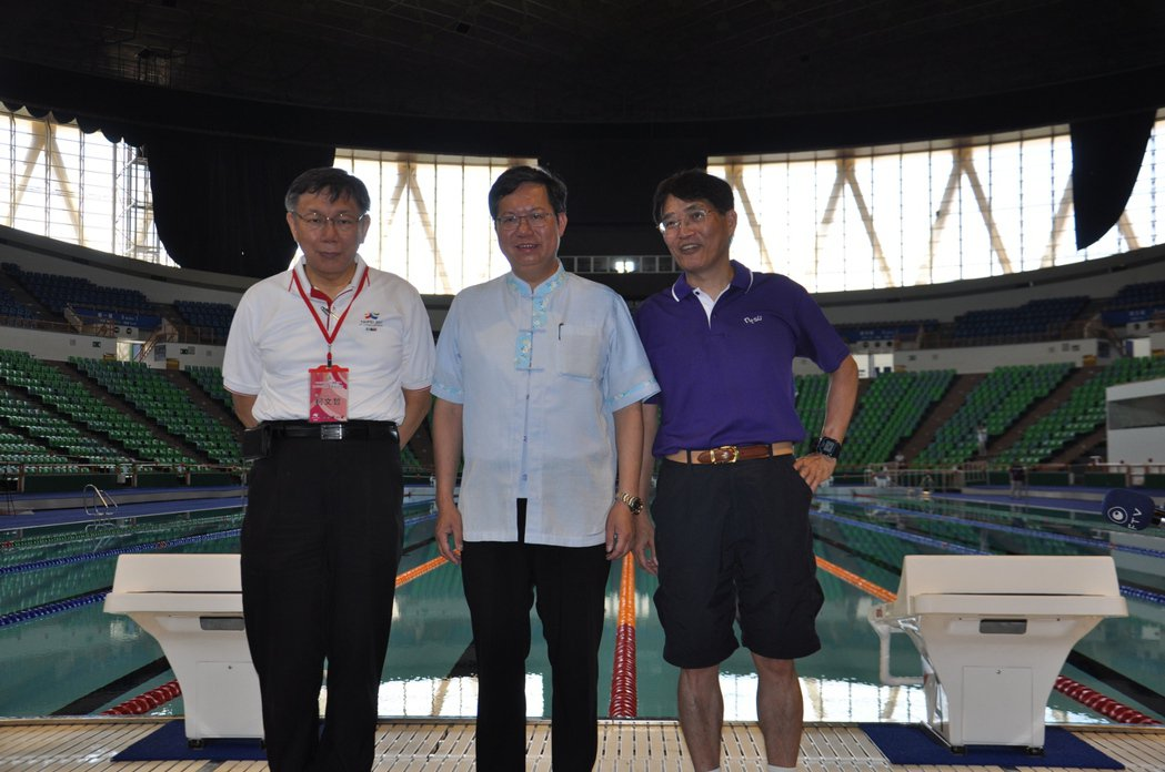 國立體育大學體育館斥資上億元裝設台灣首座活動式游泳池,由於世大運結束後將留在桃園...