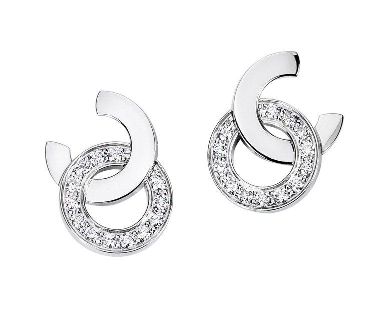 蕭敬騰配戴的Possession18K白金鑲鑽耳環,18萬1,000元。圖/伯爵...