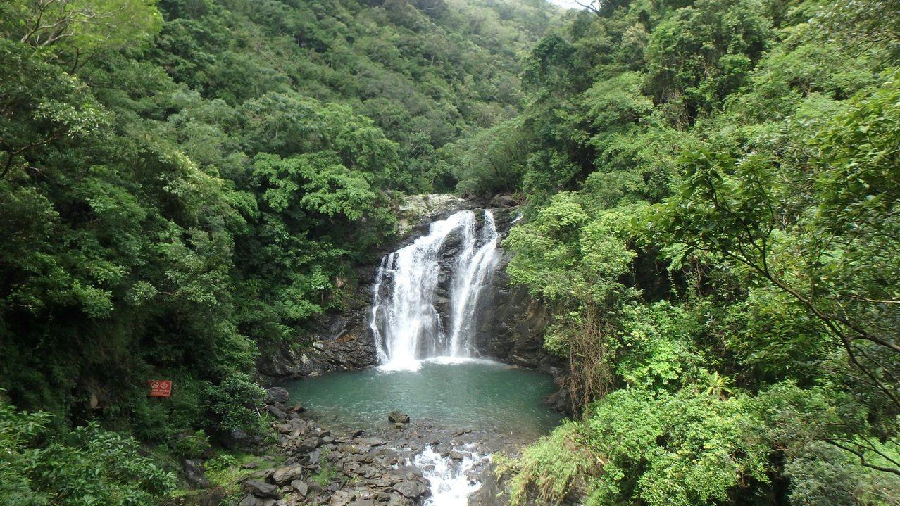 屏東雙流國家森林遊樂區的瀑布區,周圍有高量的負離子。圖/屏東林管處提供