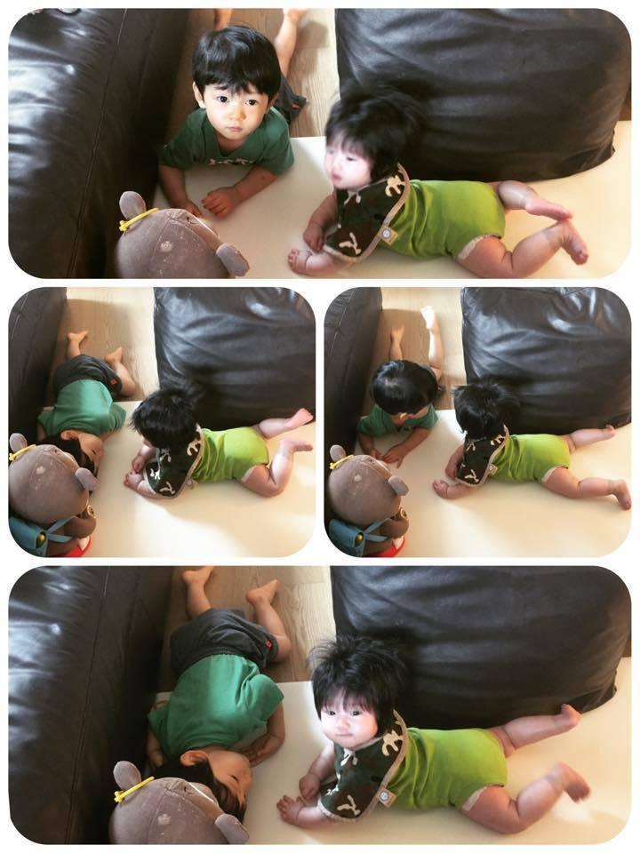 隋棠po 出一雙兒女的地上開心玩耍照。圖/摘自隋棠臉書