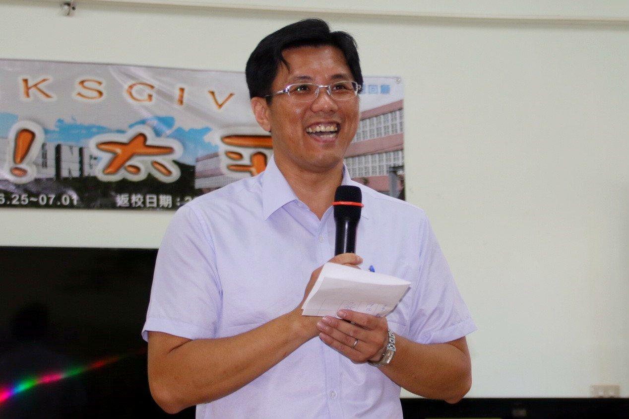 太平國小校長陳建文把握每一絲機會,希望扭轉小校危機。 記者曾健祐/攝影