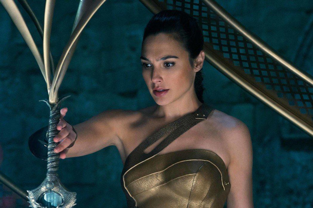 蓋兒加朵主演的「神力女超人」,全台票房已破3億。圖/華納兄弟提供