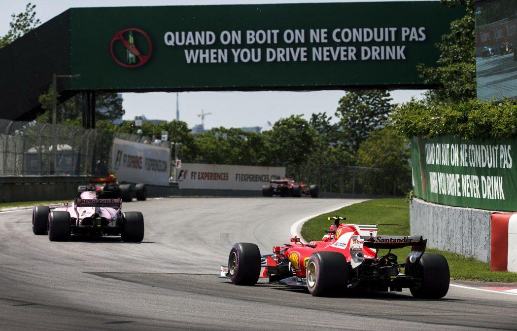 F1加拿大站的大型看板都可以看到「When you drive, Never d...