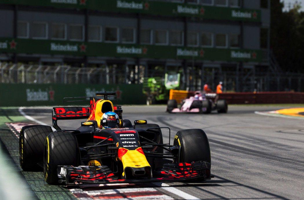 F1是全球水準最頂尖的賽車運動。圖/海尼根提供