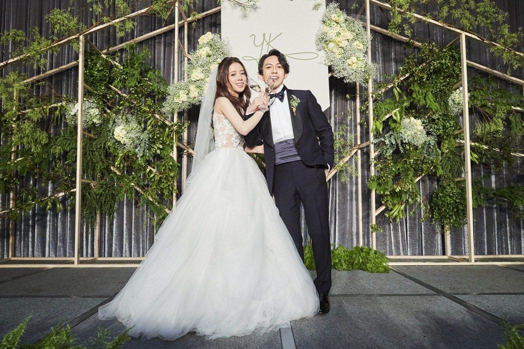 林宥嘉與丁文琪婚宴照。圖/華研提供