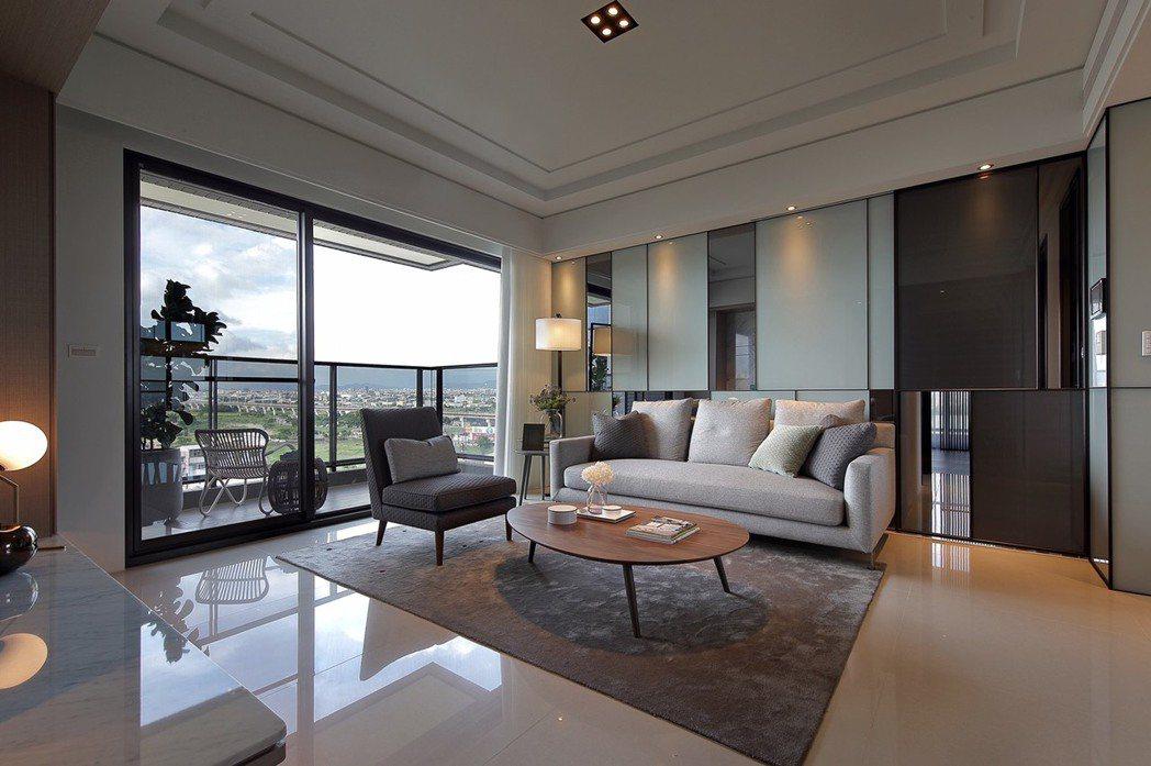 沅林君子硯訴求「好樣建築」概念,各戶各室除了充分採光之外,樓層挑高3.3米,更預...