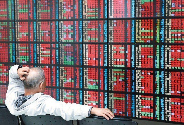 台積電除息行情風光啟動,外資昨(26)日大買台股171億元,創去年7月19日以來...