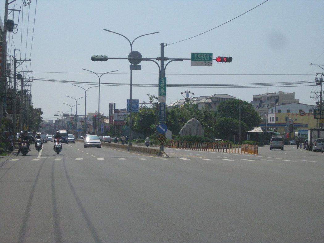 彰化市輕軌將從和美鎮彰美路到達鹿港鎮。記者簡慧珍/攝影