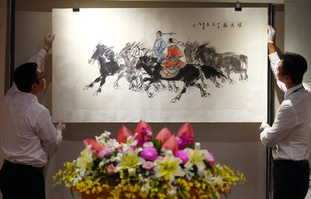 集結兩岸書畫名家創作,超過250餘幅作品的「2017兩岸書畫名家交流特展」,明天...