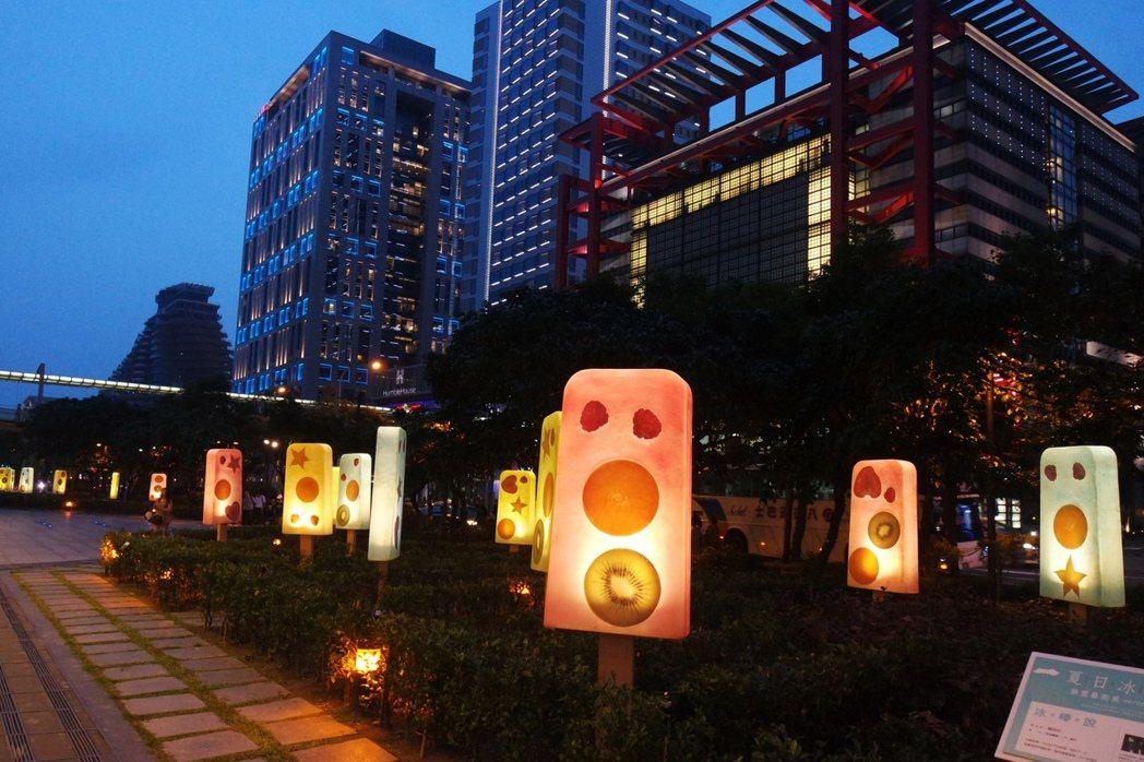 台北信義新天地「冰。棒。說」夜景。圖/新光三越提供