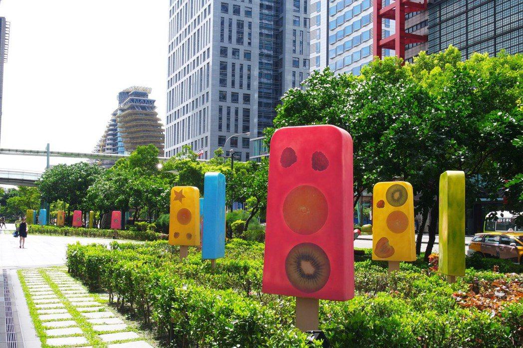 台北信義新天地「冰。棒。說」裝置。圖/新光三越提供
