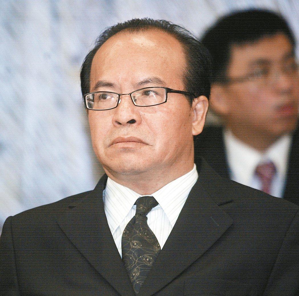 陳國祥認為中央社遭政治力介入,國家通訊社是新聞專業機構,必須免除政治力干擾,他必...