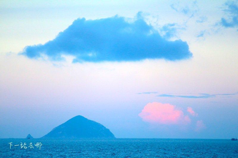 芽莊海岸遠眺珍珠島。 攝影/賴勳毅