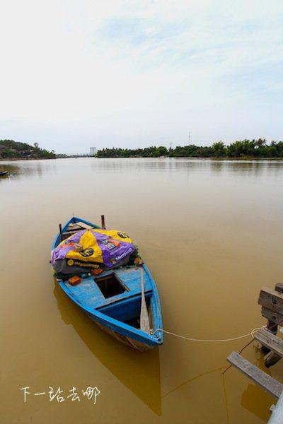 河岸一景。 攝影/賴勳毅