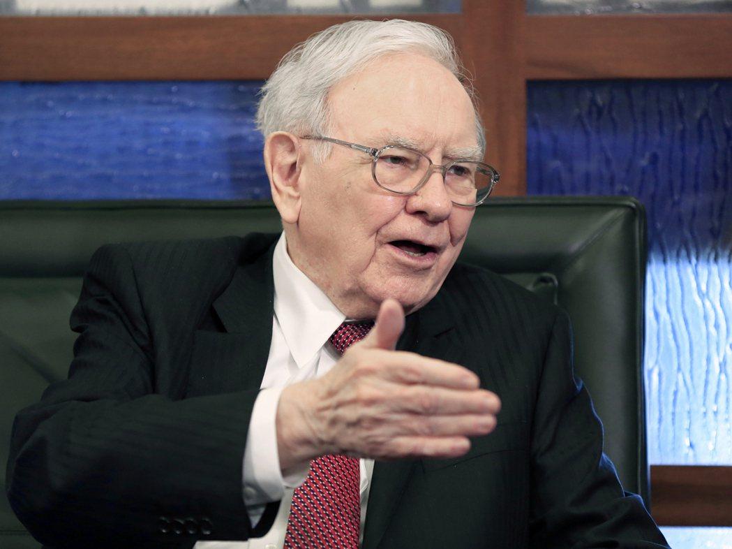 執掌波克夏公司的「股神」巴菲特在被問到美國總統川普去年11月勝選所帶來美股歡漲行...