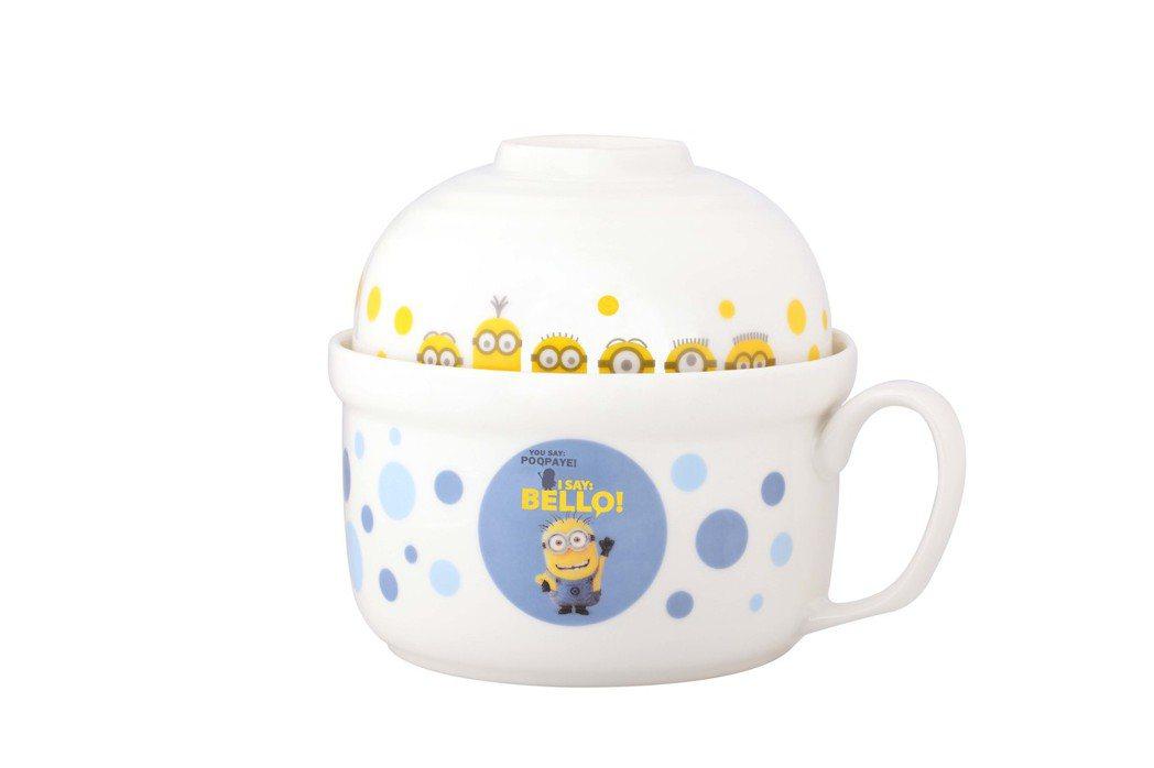 小小兵香噴噴泡麵碗BELLO款。圖/全家提供