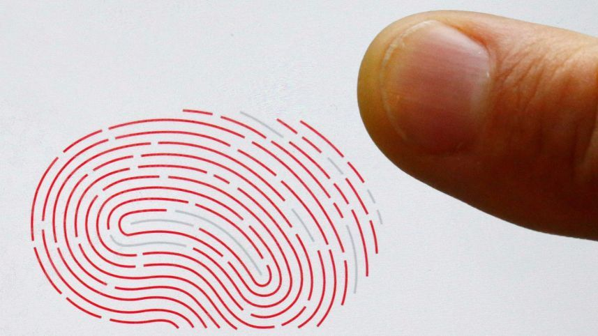 全球手機晶片龍頭高通(Qualcomm)公佈新一代的指紋感應器。(路透,此為示意...
