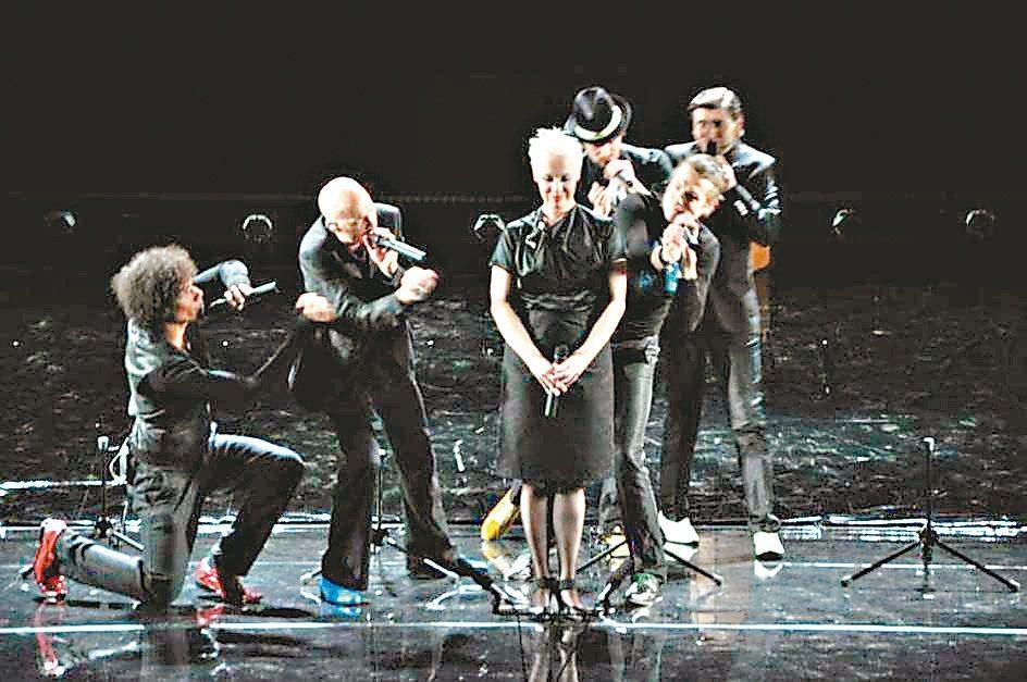 曾獲歐洲最大阿卡貝拉比賽三面金牌的德國第一美聲天團SLIXS,獨創阿卡貝拉音樂劇...