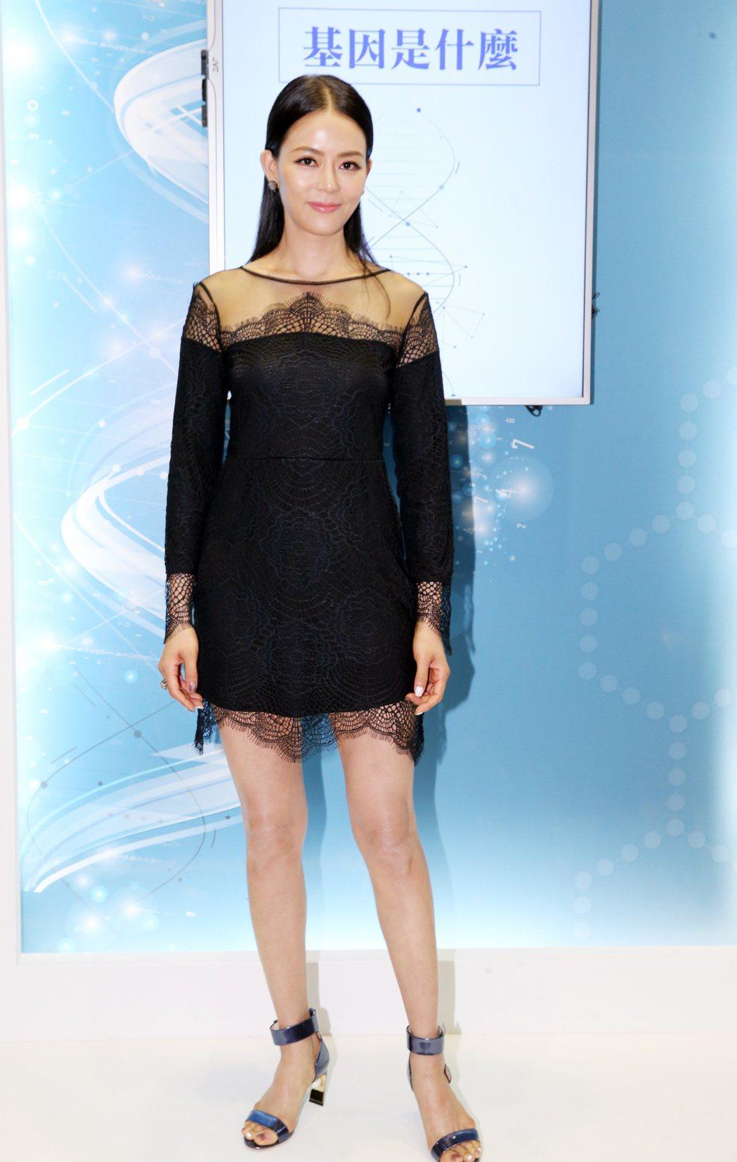 劉香慈出席「台灣生物科技大展」為生技產品代言。記者徐兆玄/攝影