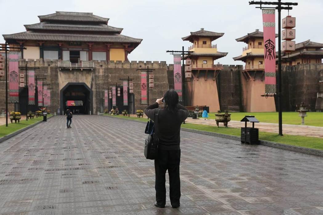 秦王宮的細節也是動畫製作小組考察重點之一。