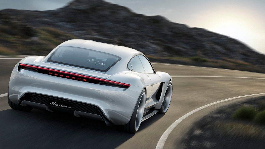 Porsche期望藉由Mission E的推行,能使他們的電動車計畫擴展的更全面。 摘自Porsche