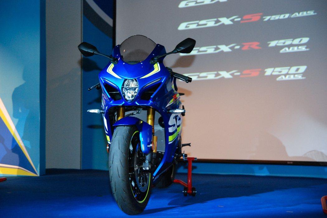 圖為Suzuki 「賽道王者」GSX-R1000R,配備多項 MotoGP 賽事科技。 記者林鼎智/攝影
